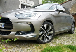 DS5 so chic 160 hdi BVA vapor-grey/2013