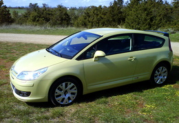 C4 Coupé VTS ESS 110 Jaune Scott +becquet origine +USB Box