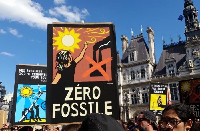Nom : stop-fossil-fuels-divest-invest-350-org.jpg Affichages : 201 Taille : 59,8 Ko